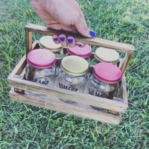 Combo Condimentos :: 6 frascos reciclados + Cajón de madera